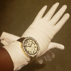 Classic white long nappa LEATHER opera gloves. New